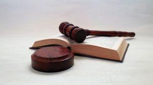 給料をめぐる裁判