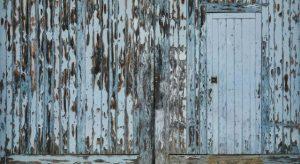 木の扉の写真